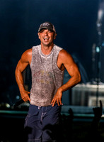 Kenny Chesney - April 9, 2017
